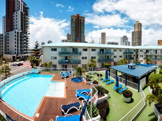 69 FERNY AVE, Surfers Paradise