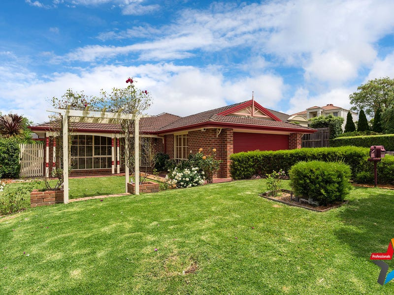 4 Domaine Grove, Chirnside Park, Vic 3116