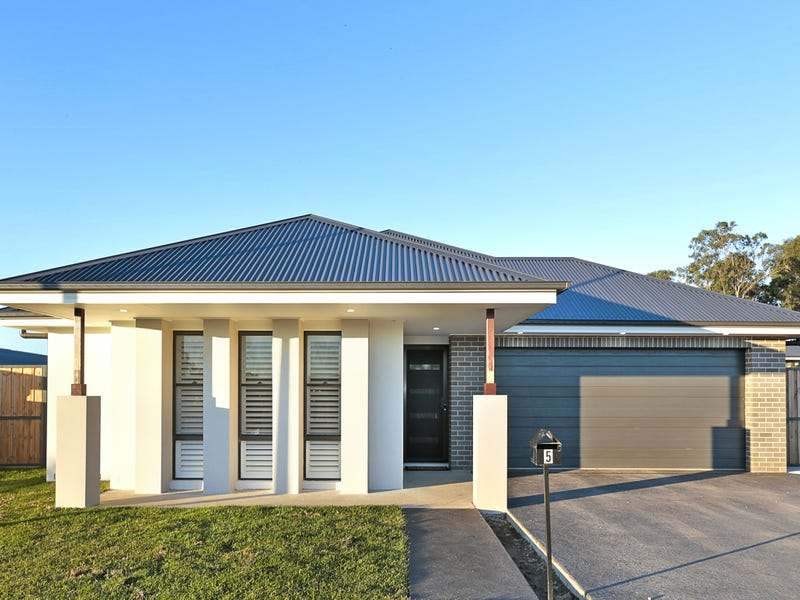 5. Clearview Terrace, Glenmore Park, NSW 2745