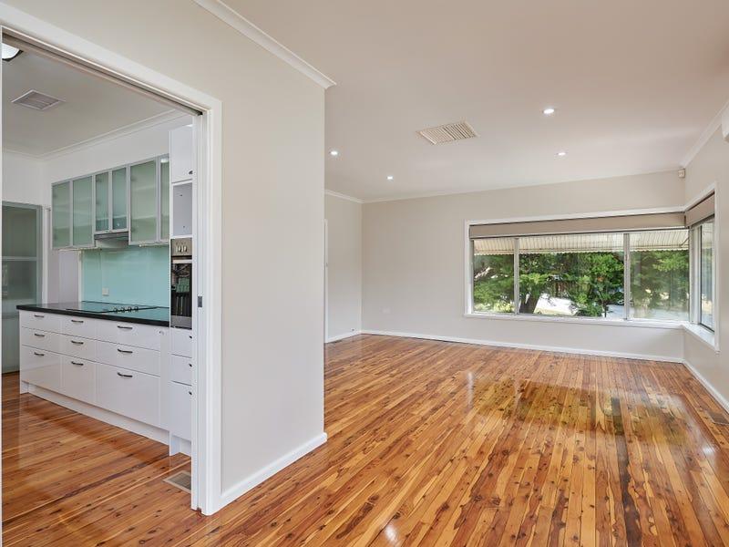 5 Warrawong Street, Kooringal, NSW 2650