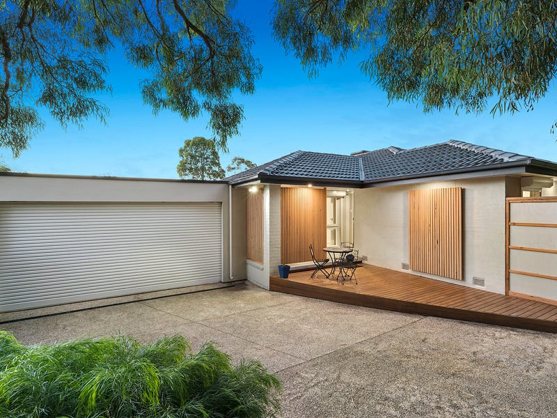 11 Lumeah Crescent, Ferntree Gully, Vic 3156
