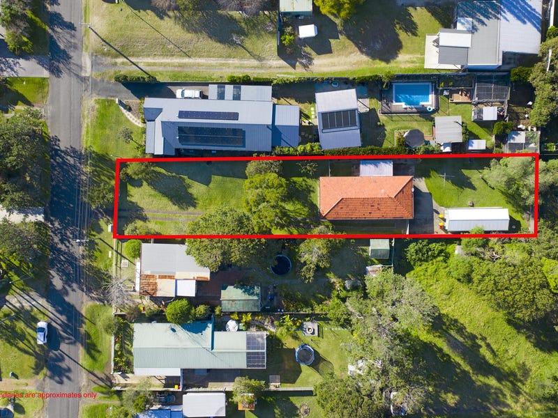 8 Ravenscliffe Road, Shoalhaven Heads, NSW 2535
