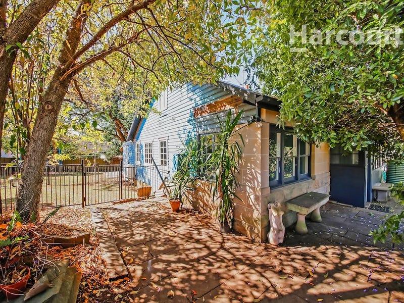 131 Waminda Avenue, Campbelltown, NSW 2560