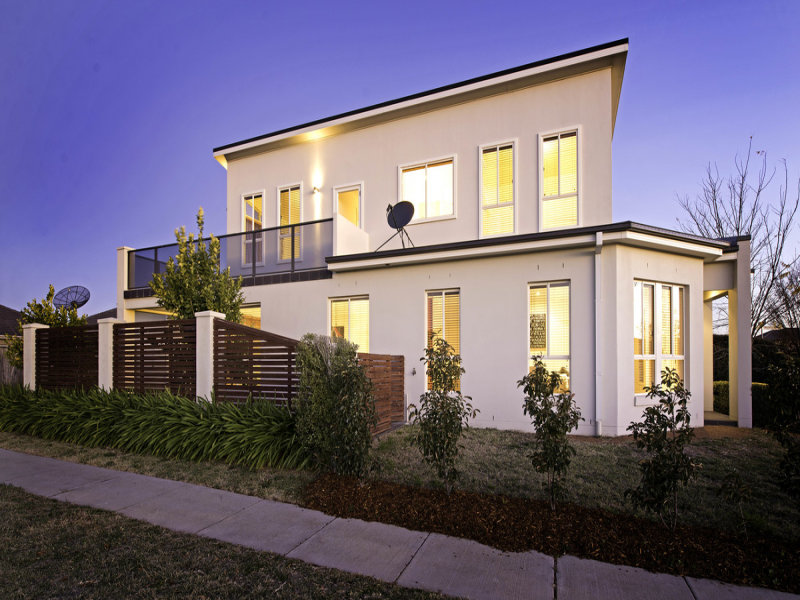 73 Patrick White Circuit, Franklin, ACT 2913