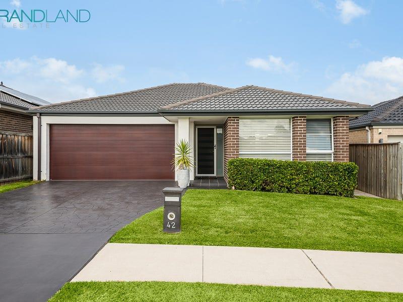 42 Stanley Avenue, Middleton Grange, NSW 2171