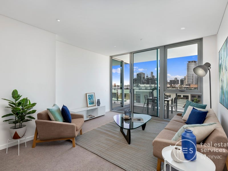 401/81 South Wharf Drive, Docklands