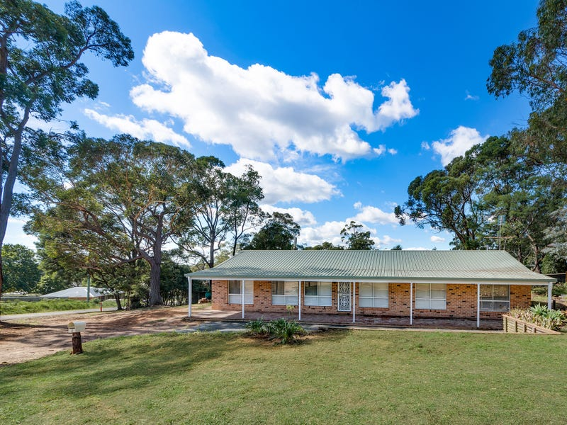 8 Madeline Street, Hill Top, NSW 2575