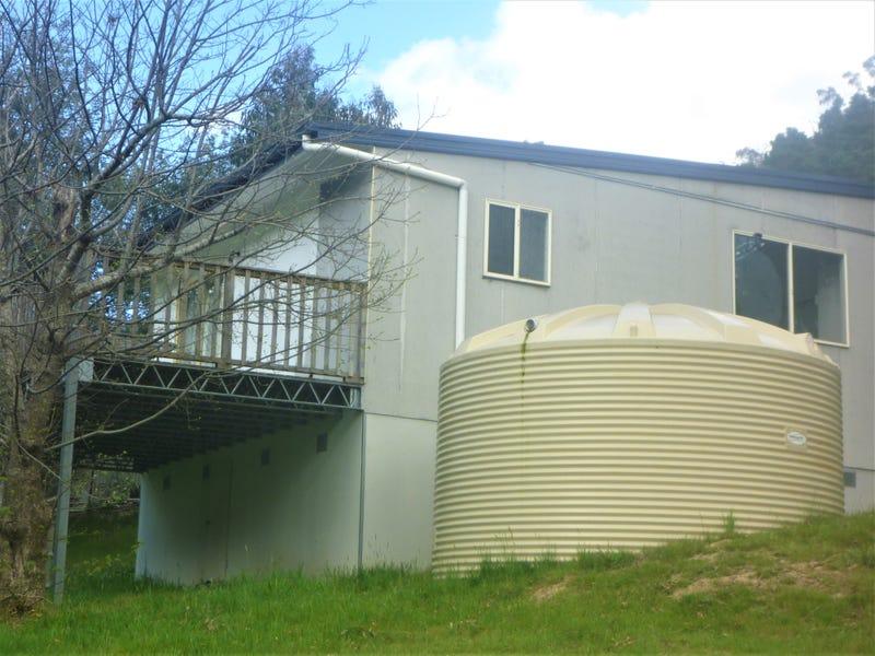 45 Long Gully Road, Hazeldene, Vic 3658