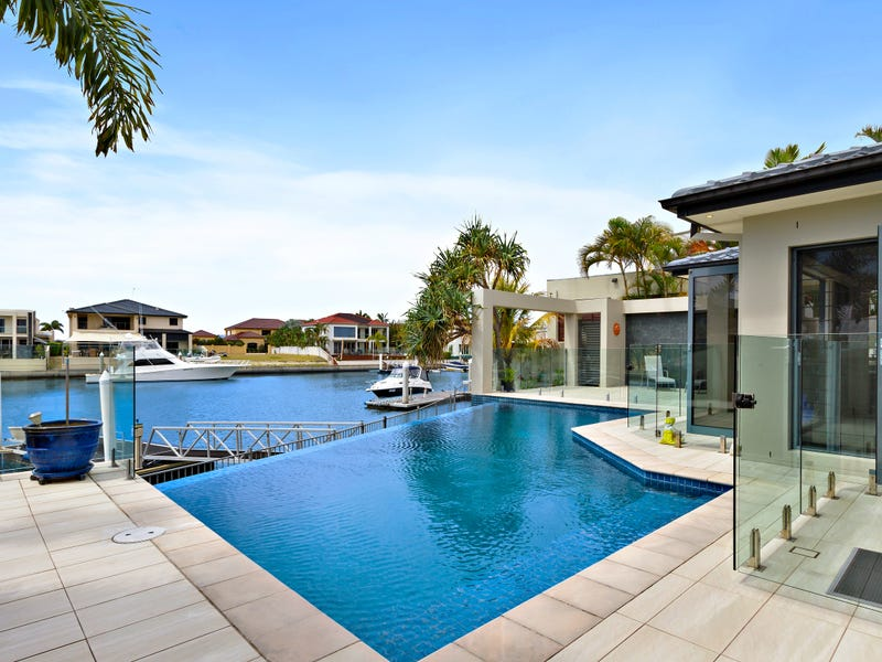 8 Kensington Mews, Sovereign Islands