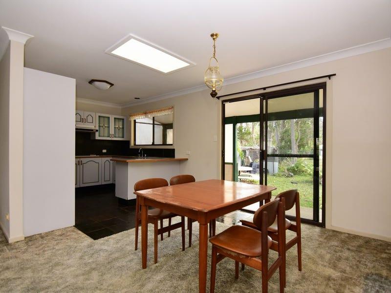 4 Shoreville Place, Sanctuary Point, NSW 2540