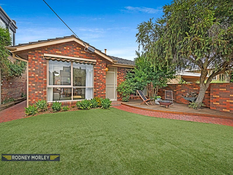 1/16 Glencoe Street, Caulfield North, Vic 3161