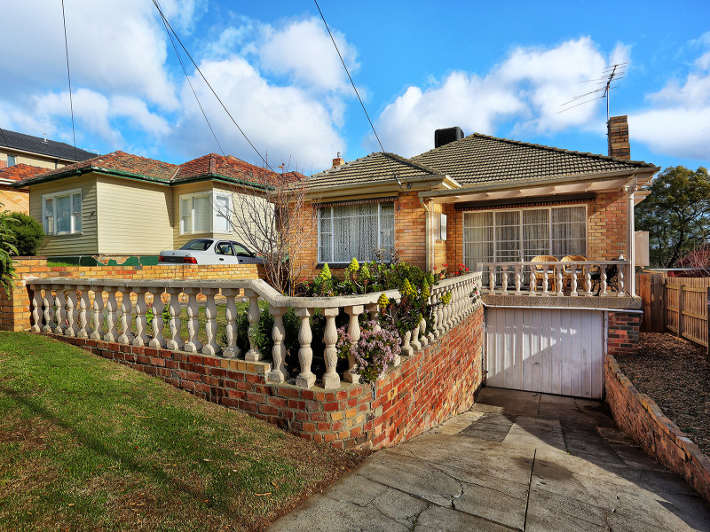 11 Warren Street, Pascoe Vale South, Vic 3044
