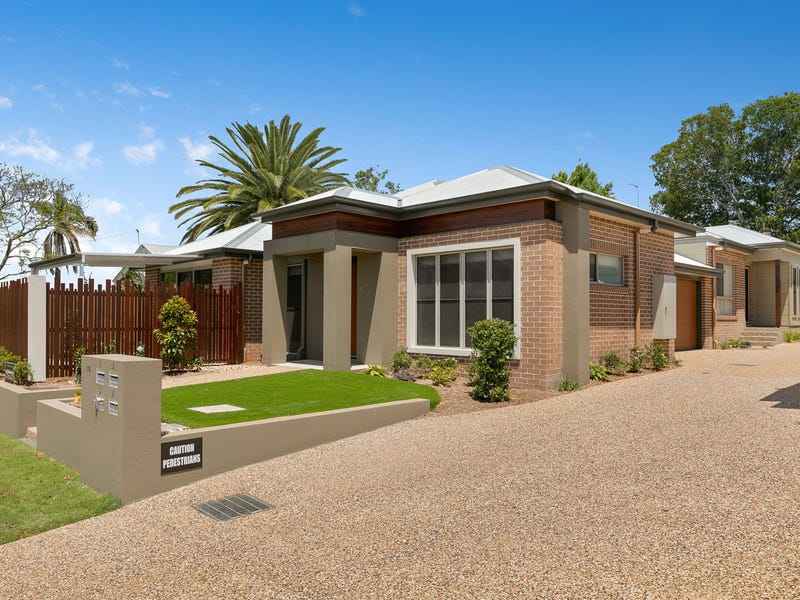118-120 South Street, Centenary Heights, Qld 4350