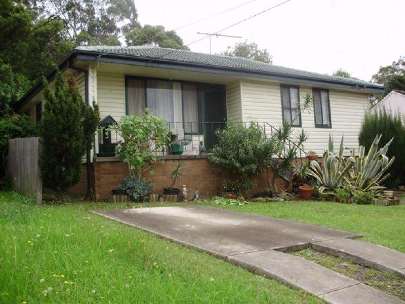 35 Warrigo St, Sadleir, NSW 2168