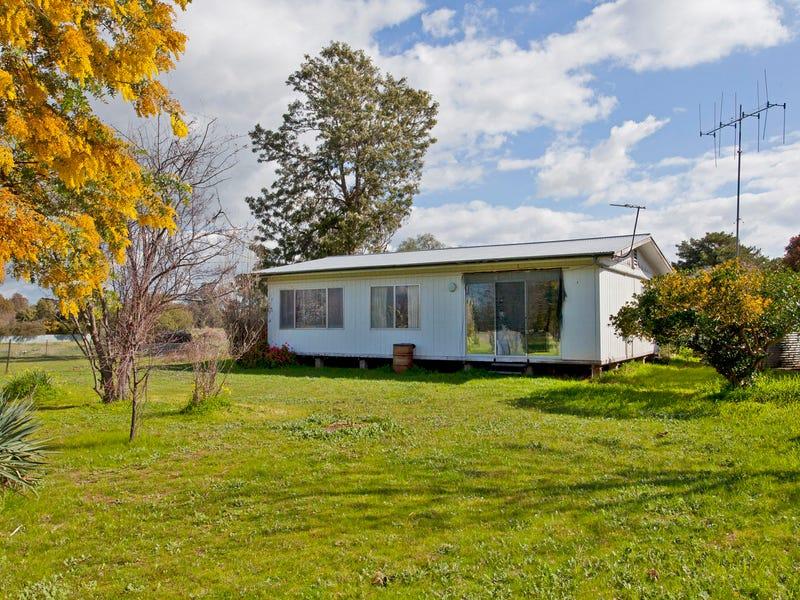 34 Elizabeth Street, Gerogery, NSW 2642