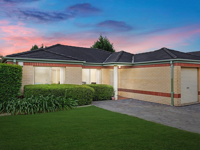 4/879 Henry Lawson Drive, Picnic Point, NSW 2213