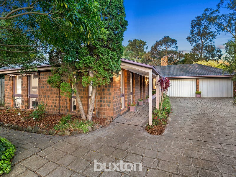 13 Willy Court, Dingley Village, Vic 3172