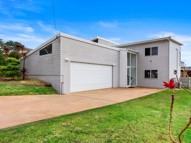 11 David Avenue, Batehaven, NSW 2536