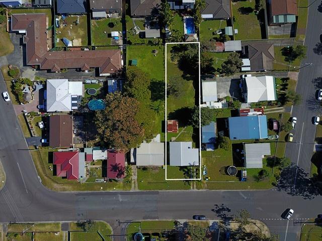 4 Lakeview Avenue, Gorokan, NSW 2263