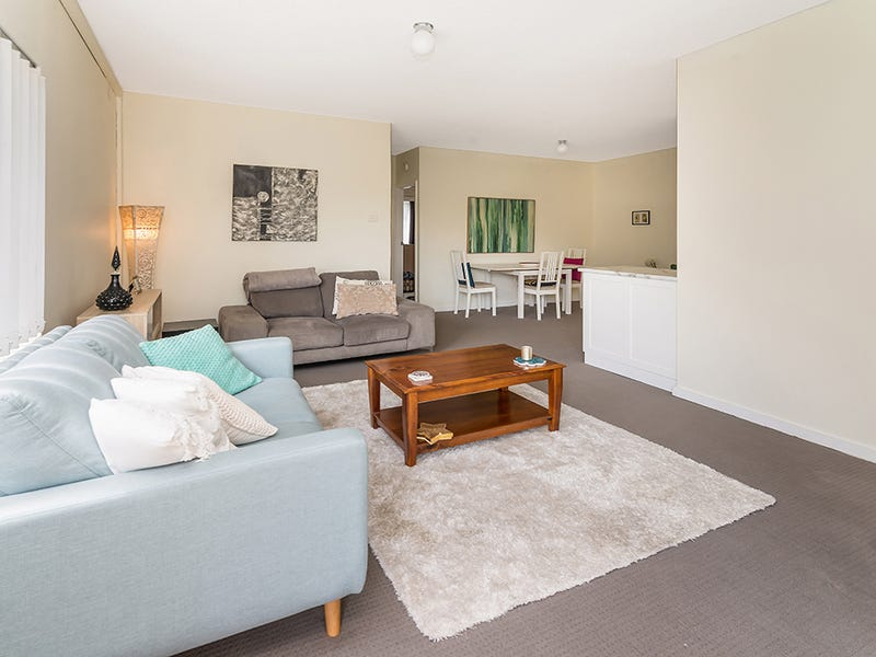 9/68 Henry Parry Drive, Gosford, NSW 2250