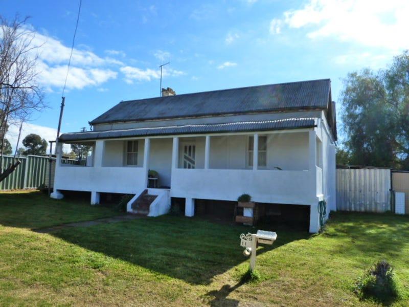 11 Kiewa Street, Manildra, NSW 2865