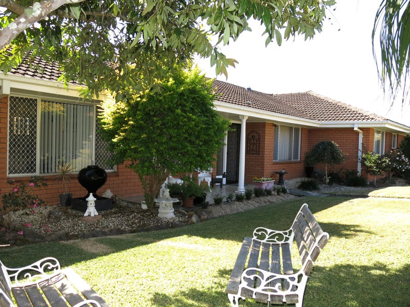 2 Toona Close, Taree, NSW 2430