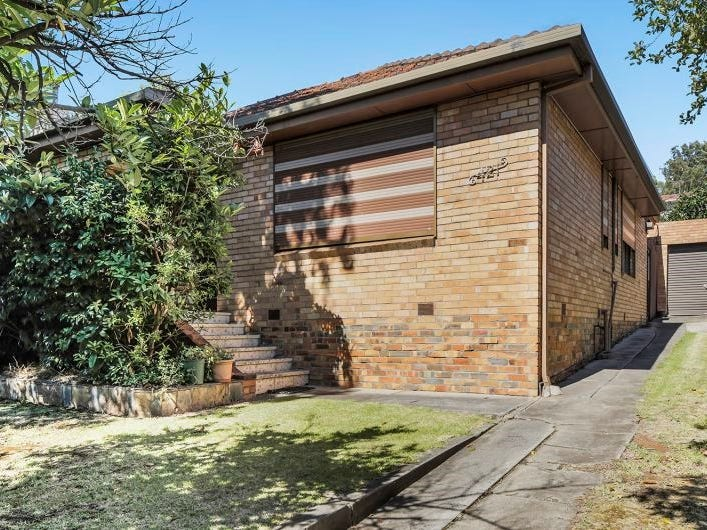 421 Pascoe Vale Road, Strathmore, Vic 3041