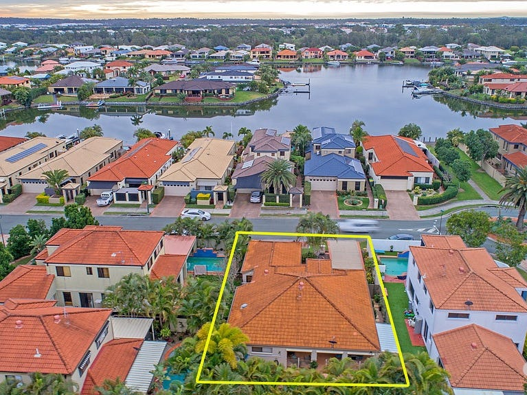 20 Lee-Anne Crescent, Helensvale, Qld 4212