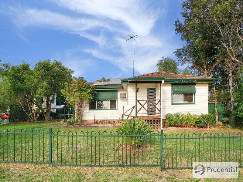 44 Morrison Dr, Lurnea, NSW 2170