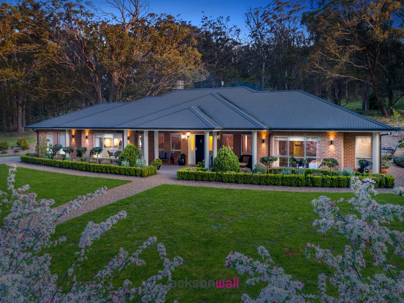 23 Kimberley Drive, Bowral, NSW 2576