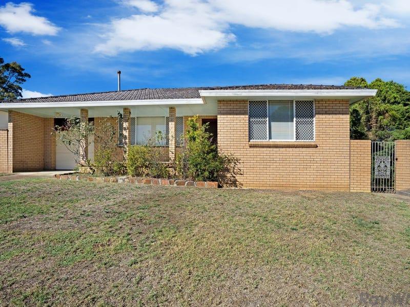 8 Wakehurst Crescent, Metford, NSW 2323