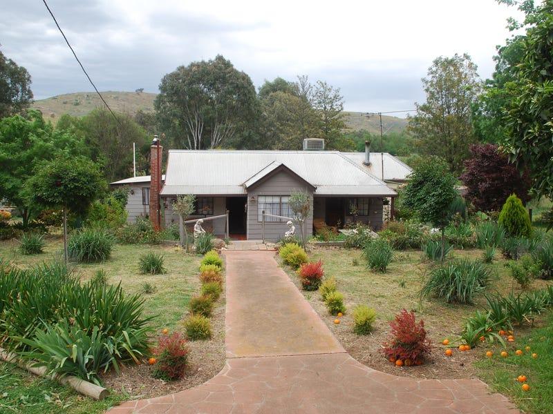 807 East Grahamstown Road, Adelong, NSW 2729