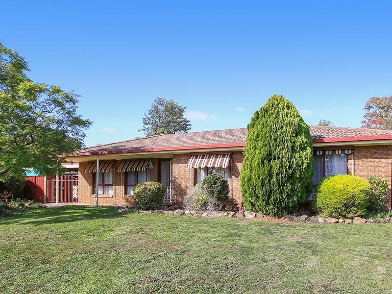 16 Candlebark Street, Thurgoona, NSW 2640