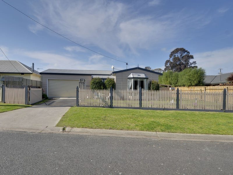 92 Traralgon Maffra Road, Glengarry, Vic 3854