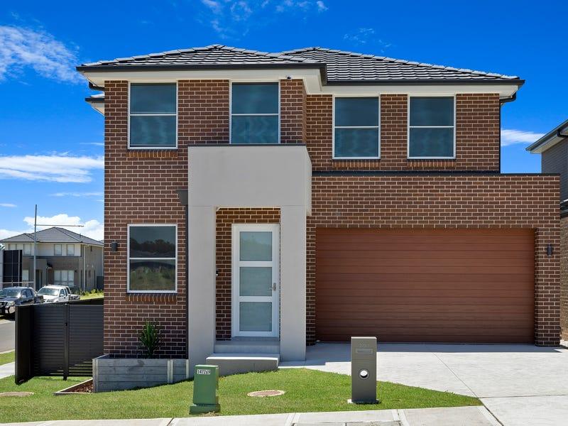 207 Dalmatia Ave, Edmondson Park, NSW 2174