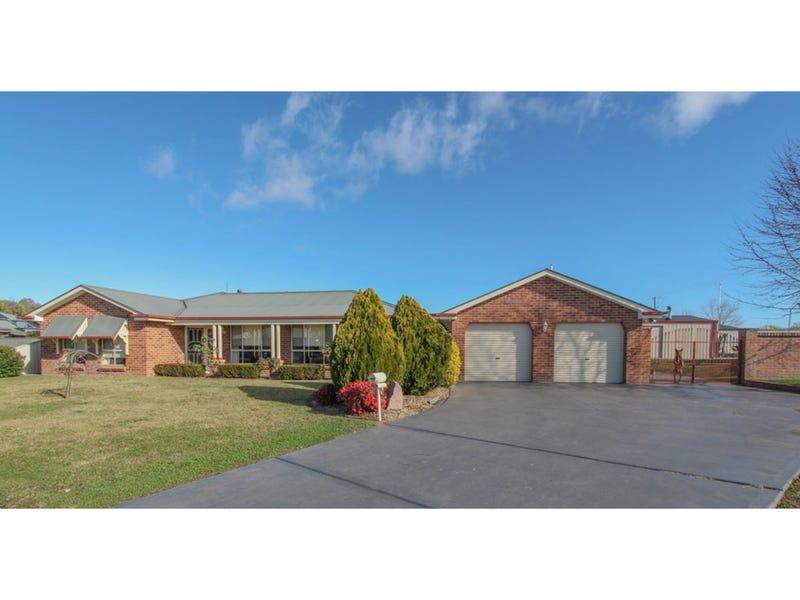 12 McCarthy Close, Eglinton, NSW 2795