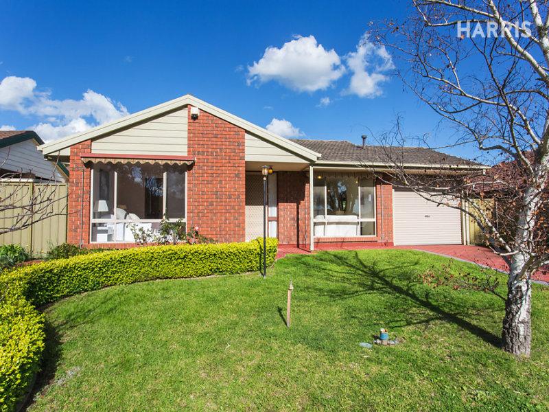 32 Homestead Drive, Aberfoyle Park, SA 5159