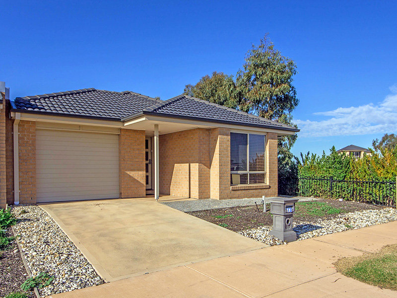 73 Sanctuary Lakes East Blvd, Point Cook, Vic 3030