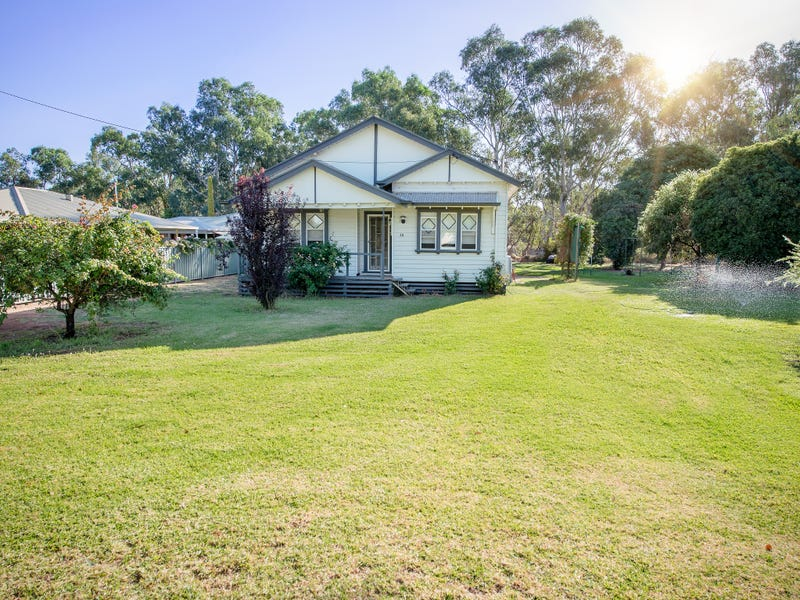 38 Murray Street, Tooleybuc, NSW 2736