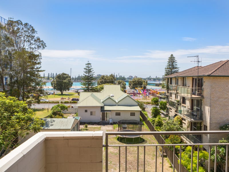 28/3-7 Peel Street, Tuncurry, NSW 2428