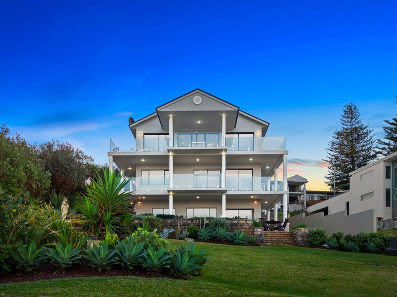 2 South Scenic Road, Forresters Beach, NSW 2260