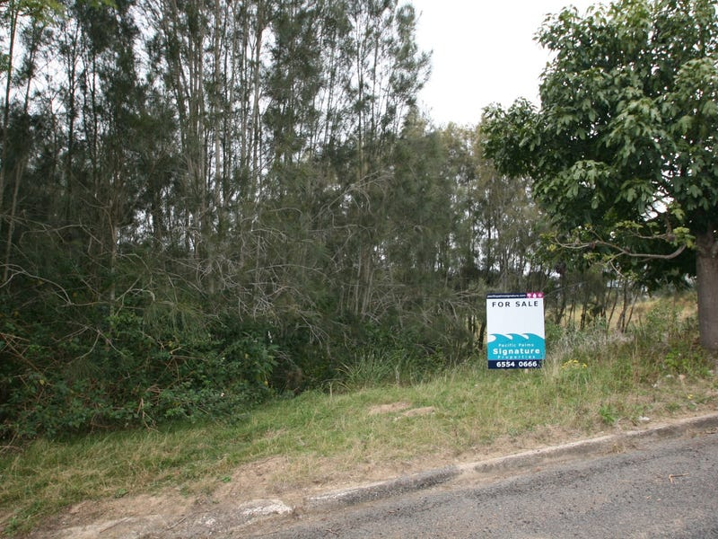 5 Illawarra Crescent, Coomba Park, NSW 2428