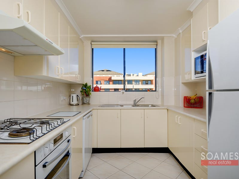 78/208 Pacific Highway, Hornsby, NSW 2077
