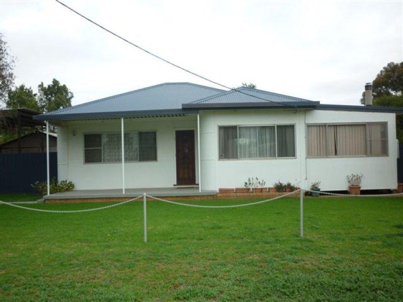 1 Farrar Street, Gilgandra, NSW 2827