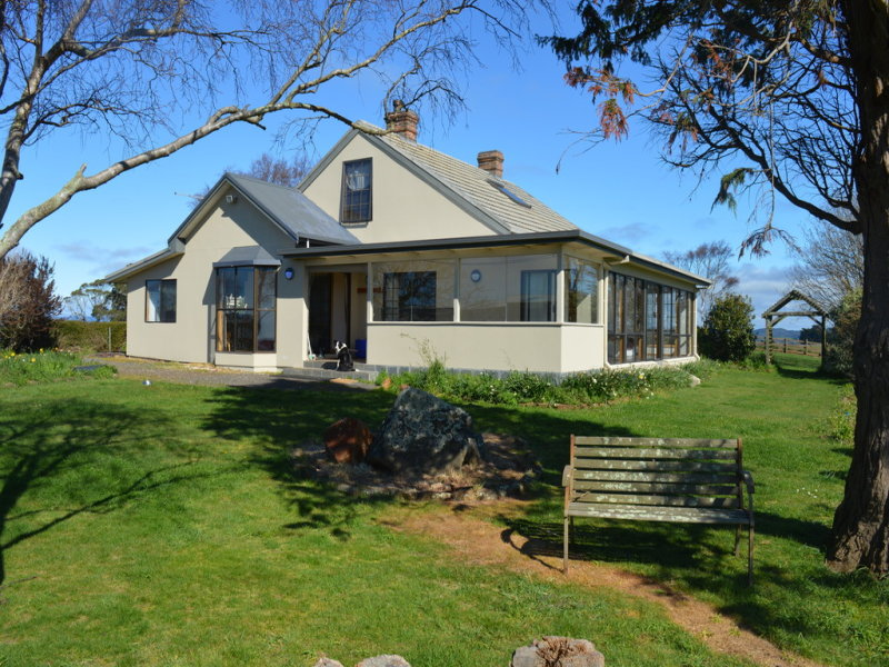 144 Baulds Road, Table Cape, Tas 7325