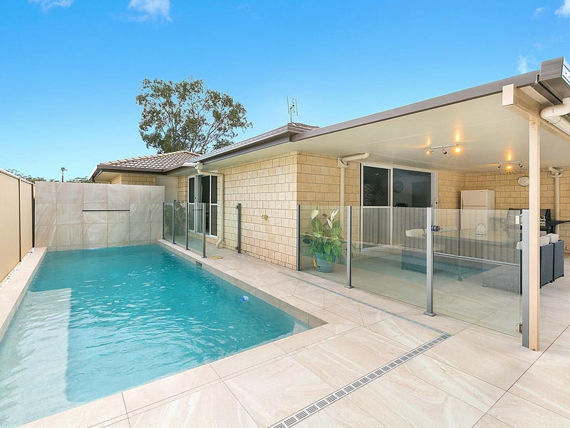 19 Crows Ash Place, Kuluin, Qld 4558