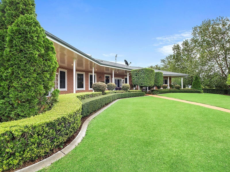 8 James Court, Cotswold Hills, Qld 4350
