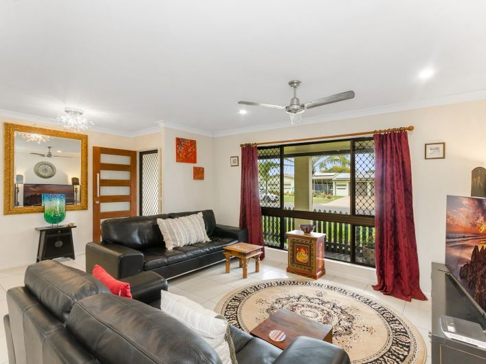 21 Whitsunday Drive, Kirwan, Qld 4817