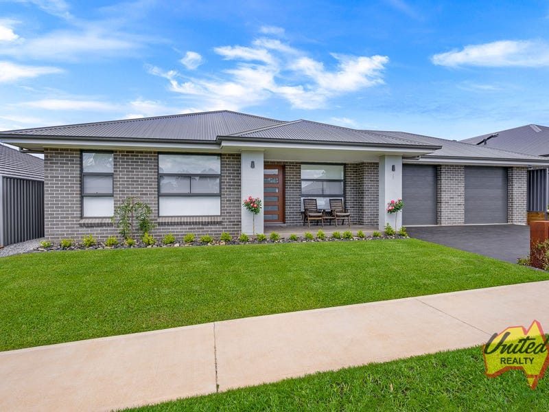 6 Highland Crescent, Thirlmere, NSW 2572