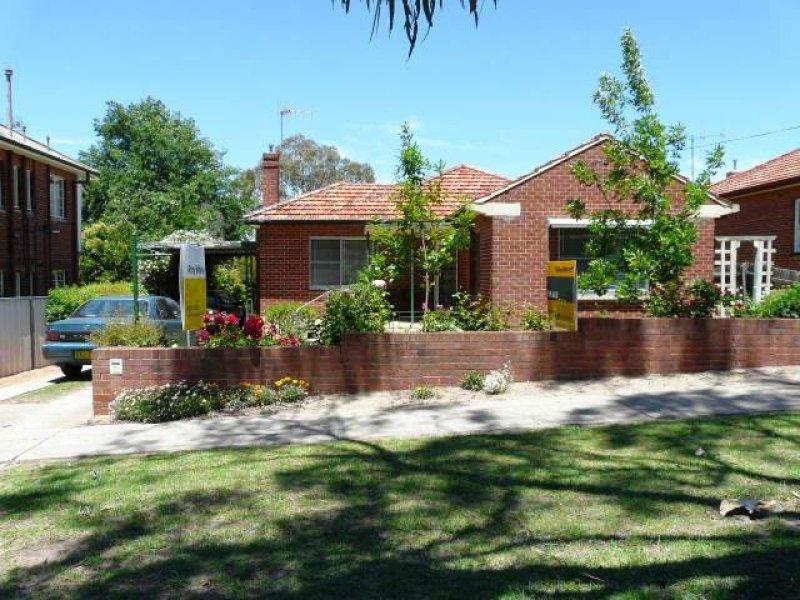 192 Bentinck Street, Bathurst, NSW 2795